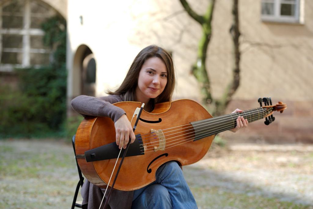 Liana Pereira 1 Viola da Gamba
